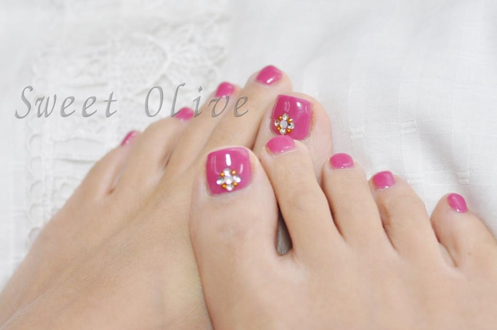フットジェルネイル,ピンク,一色塗り,ビジュー