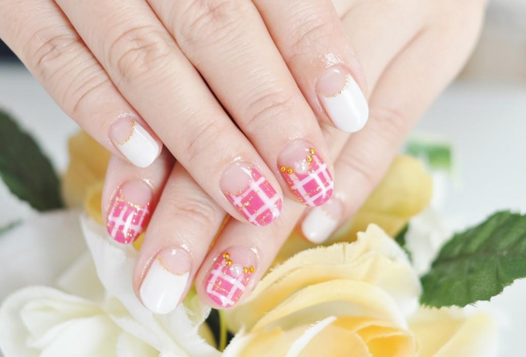 白,ホワイト,.ピンク,逆フレンチ,チェック柄,女の子,女子力,キュートネイル
