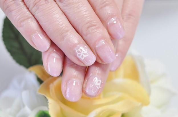 透け花,ジェルネイル,オフィスネイル,薄ピンク