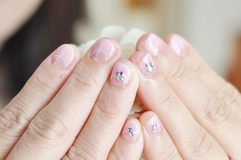 ピンク,逆フレンチネイル,ショートネイル,子育てママ