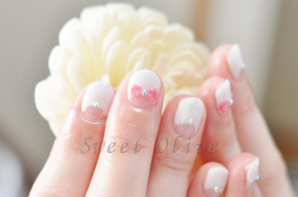 白フレンチ,ホワイト,逆フレンチネイル,ピンクりぼん,3Dパウダー