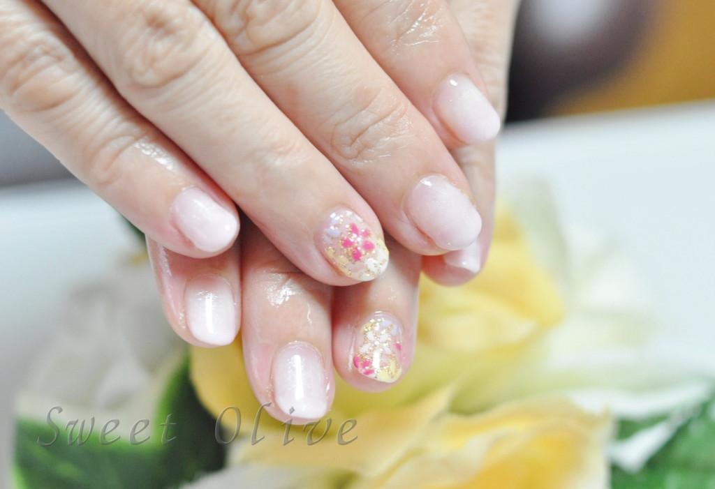 ベビーピンク,グラデーションネイル,ジェル,ショートネイル,小さい爪,花柄,春,フラワー