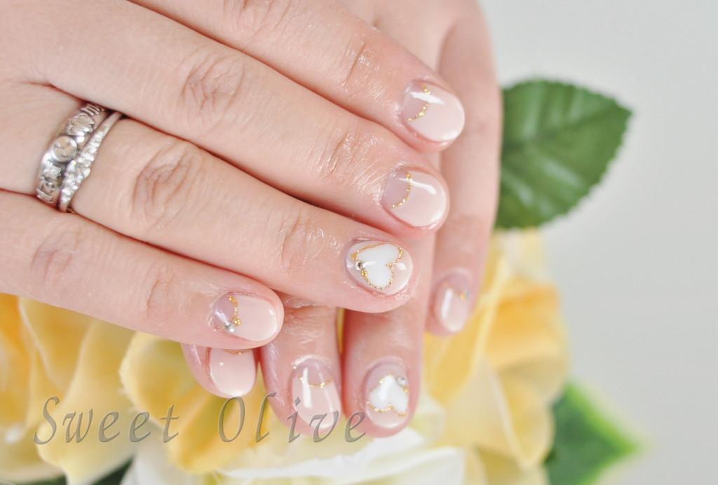 ピンク,逆フレンチ,ジェルネイル,ハート柄,春デザイン,可愛い
