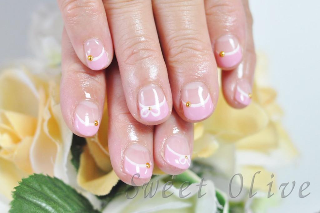 ピンク,フレンチネイル,可愛い,ジェルネイル,白.ホワイト