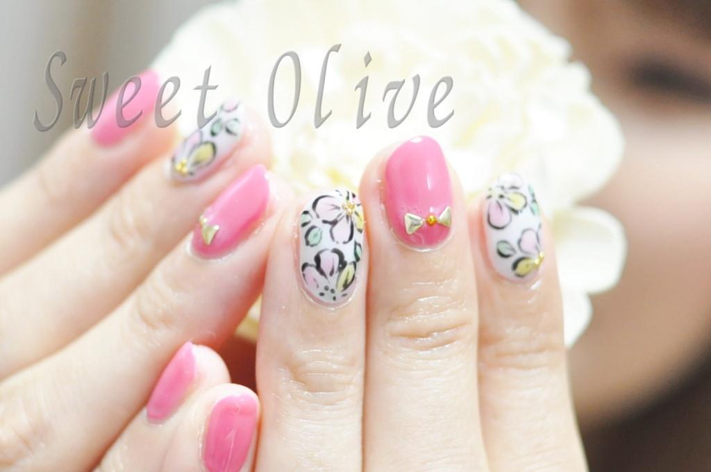 ボタニカルフラワーネイル,花柄,ピンク,スタッズリボン