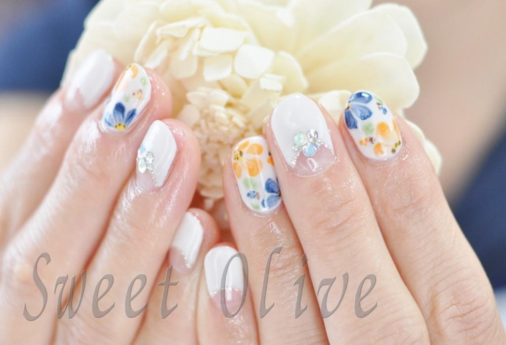 お花,フラワーアート,ジェルネイル,ホワイトフレンチ,可愛い,ジェルネイル