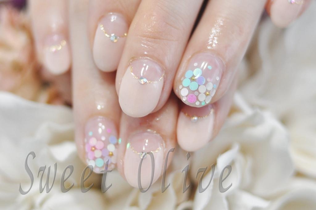 パステルフラワー,5枚花,春デザイン,可愛い,ベージュピンク,スプリング