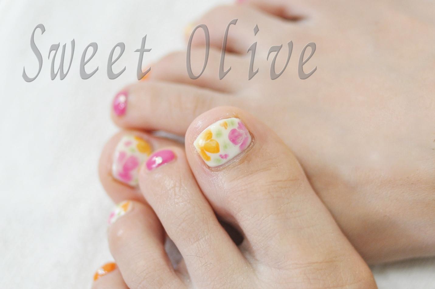 ピンク,オレンジ,フラワー柄,花柄,フットジェルネイル,初夏,デザイン,2015年