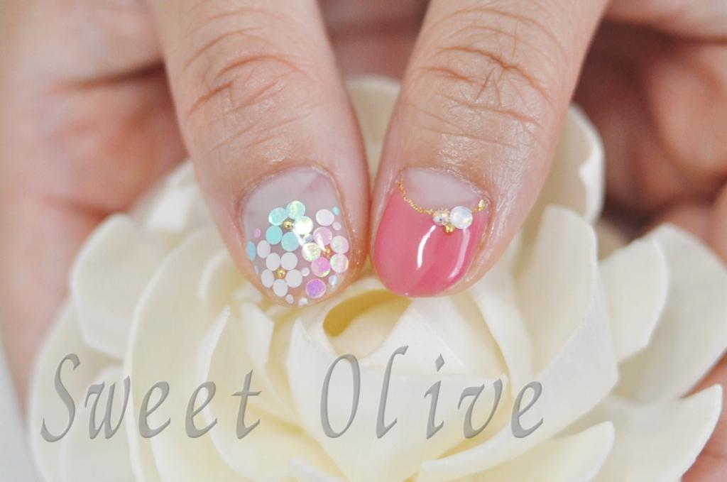 親指,花柄,ホロフラワー,ジェルネイル,ピンク,逆フレンチ,可愛い