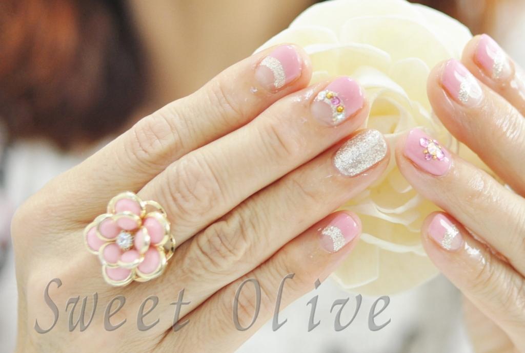 ビックビジュー,大きいお花の指輪,リング,ジェルネイル,リンク