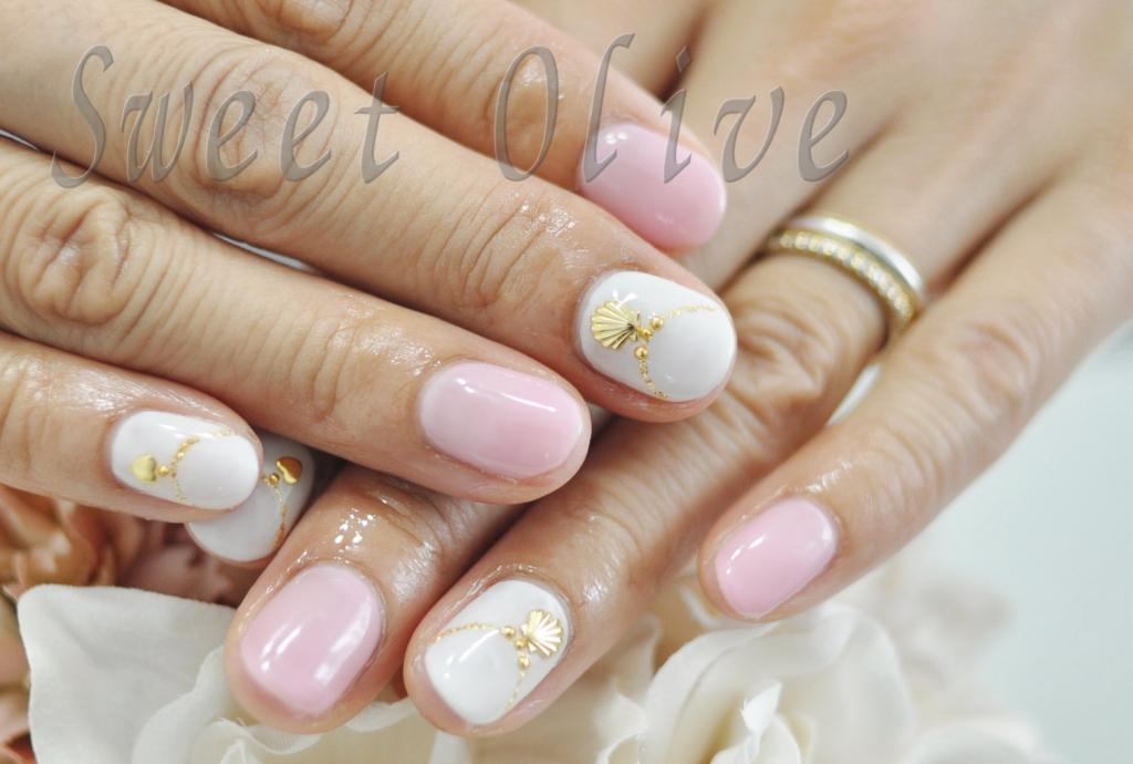 ピンク,ホワイト,ジェルネイル,夏,初夏,貝殻ネックレス,可愛い,小学生ママ