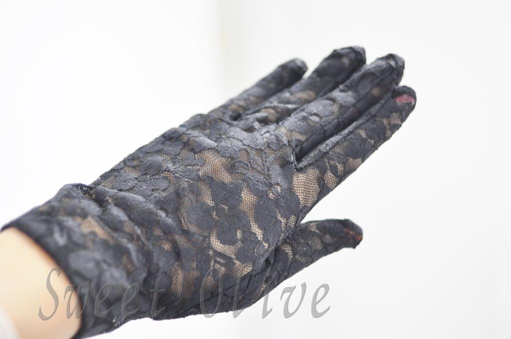 黒い手袋,急な不幸,ジェルネイル