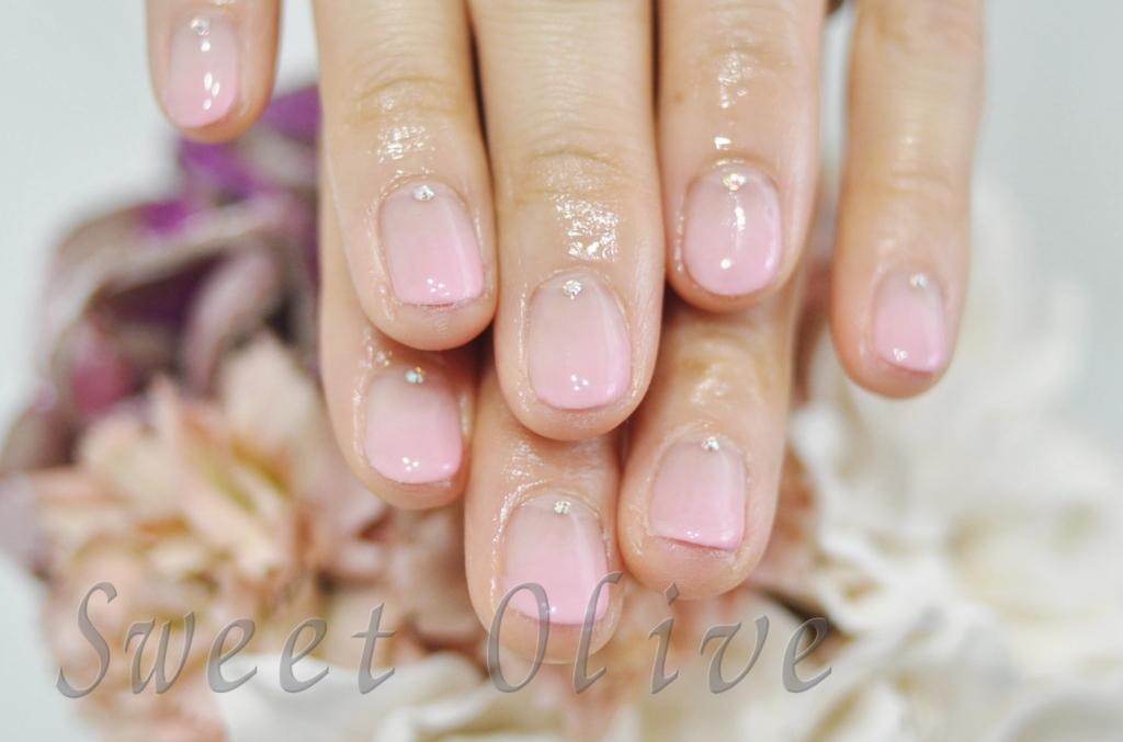 透け感,ピンク,グラデーションネイル,赤ちゃんママ,ショートネイル,短い爪