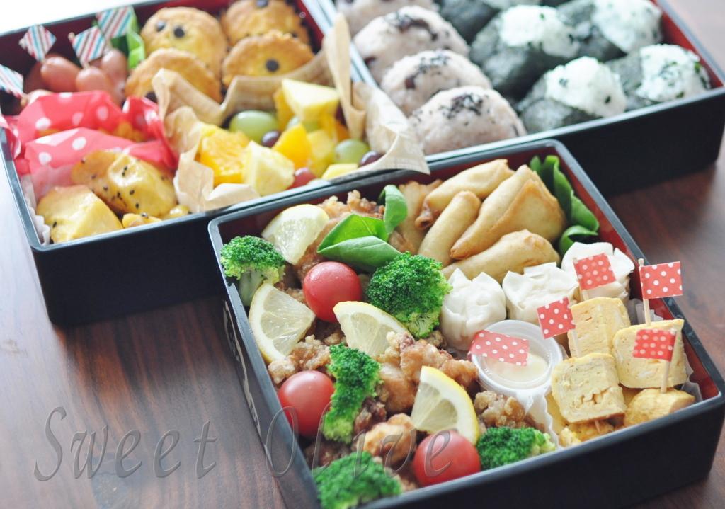 運動会,お弁当,写真,自宅ネイルサロン,フルーツ,から揚げ,お赤飯,マフィン