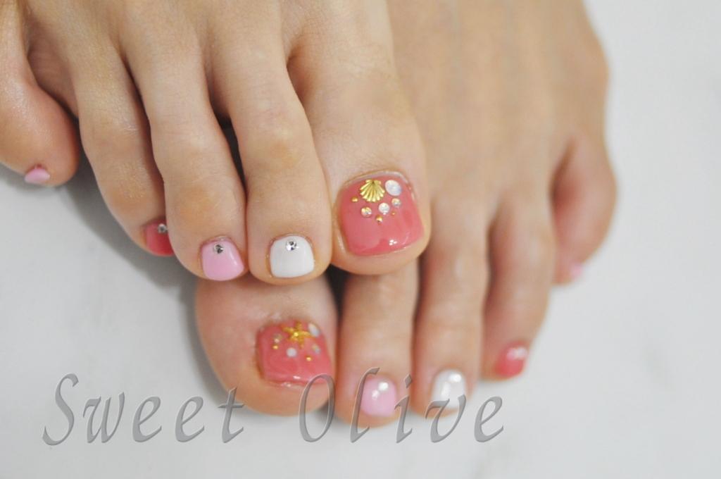 ピンク,ホワイト,白,フットジェルネイル,幼稚園ママ,夏デザイン2016年