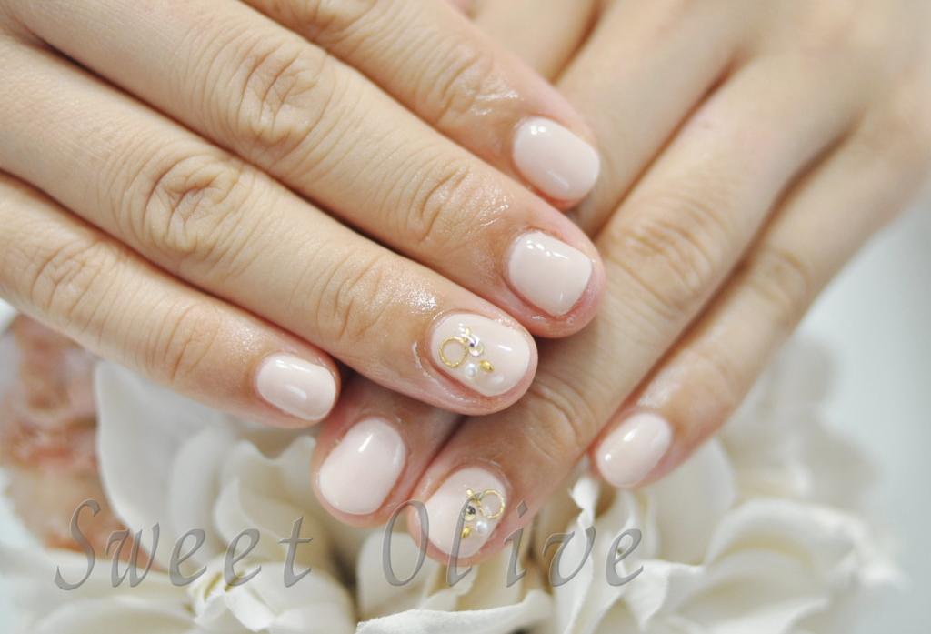 薄ピンク,ショートネイル,短い爪,保育園ママ,きれい,可愛い,ピンクベージュ,一色塗り,全塗り