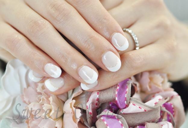 ヌーディーベージュベース,ホワイト白フレンチネイル,春ネイル2017年,王道,上品