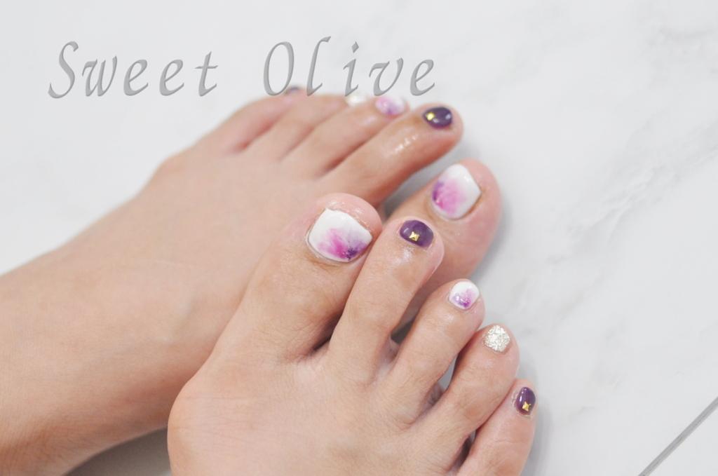 ピンク,紫,フラワー柄,フットジェルネイル,大人デザイン
