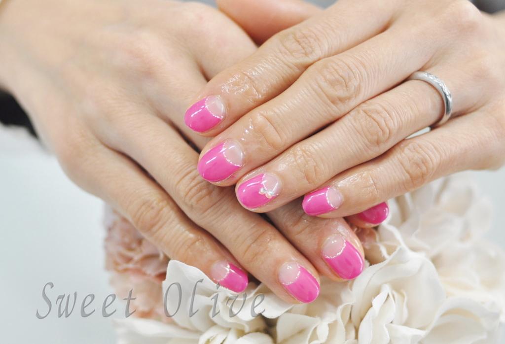春ネイル2108年.ビビッドピンク.濃いピンク,逆フレンチネイル,オフィスネイル