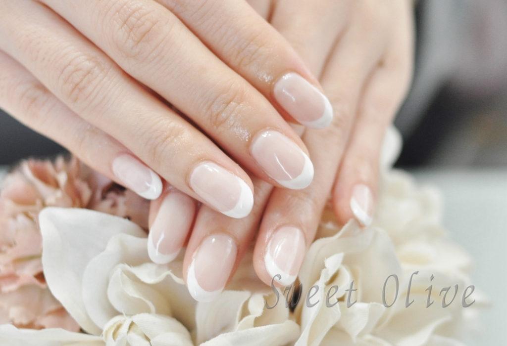 オフィスネイル,春ネイル2020年,ベージュピンク,白フレンチネイル,ホワイトフレンチネイル