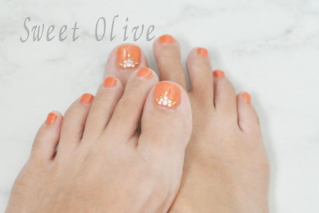 オレンジ色,秋フットネイル2020年,エスニック風ストーン